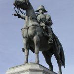 statue napoléon de montereau