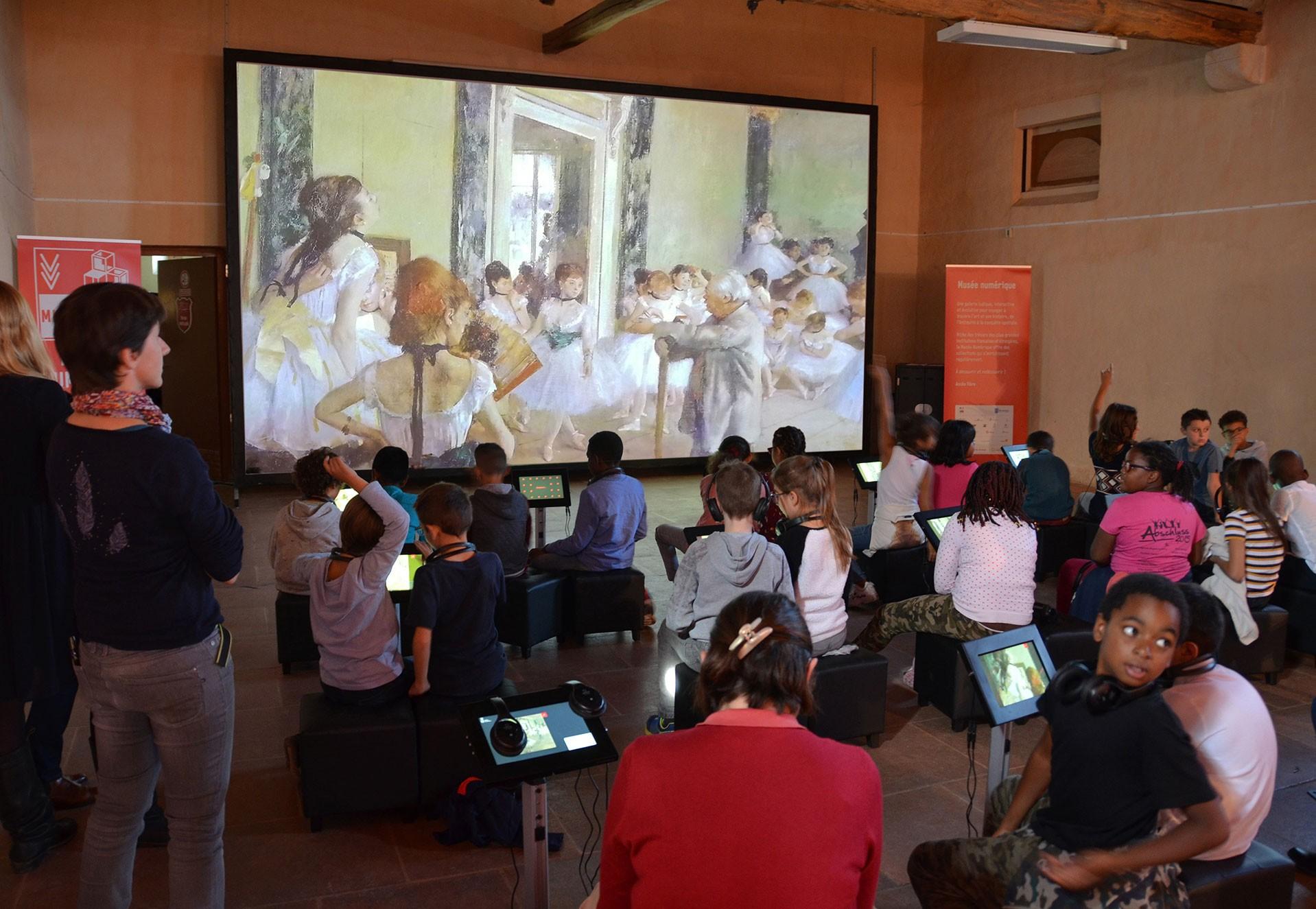 Musée numérique -Montereau fault Yonne (c) service com
